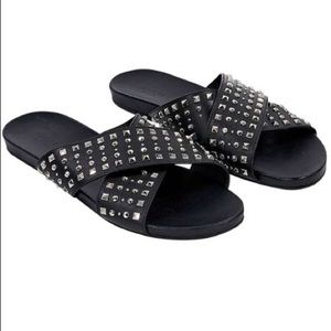 573771ca0204 Black Gucci Studded Leather Slides - Authentic